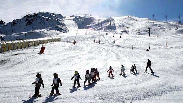 ninos curso esqui