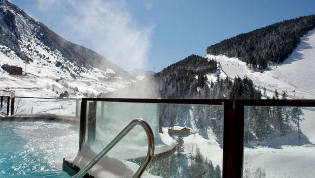 5 propuestas alternativas al esquí , Spas en la nieve