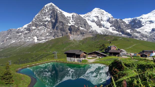 Viajar por los Alpes Suizos