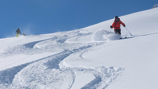 Skicenter Baqueira Pyrenees Heliski (2)