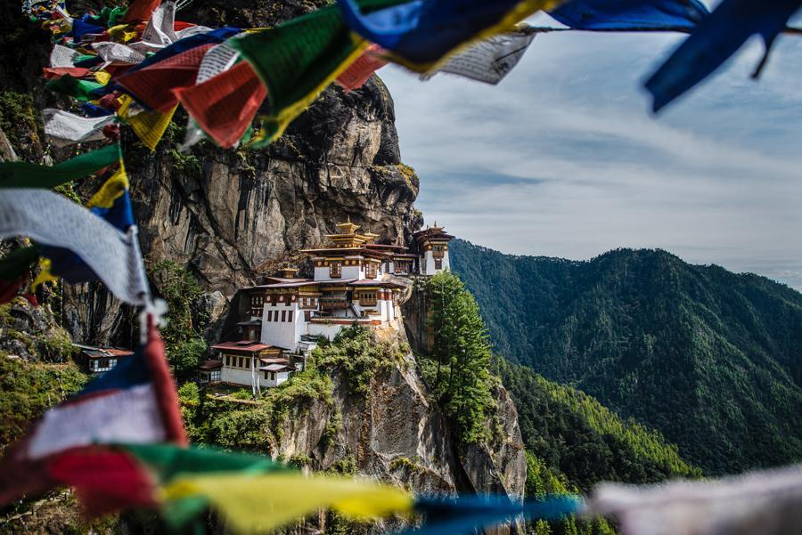 El templo Taktshang (nido del tigre).