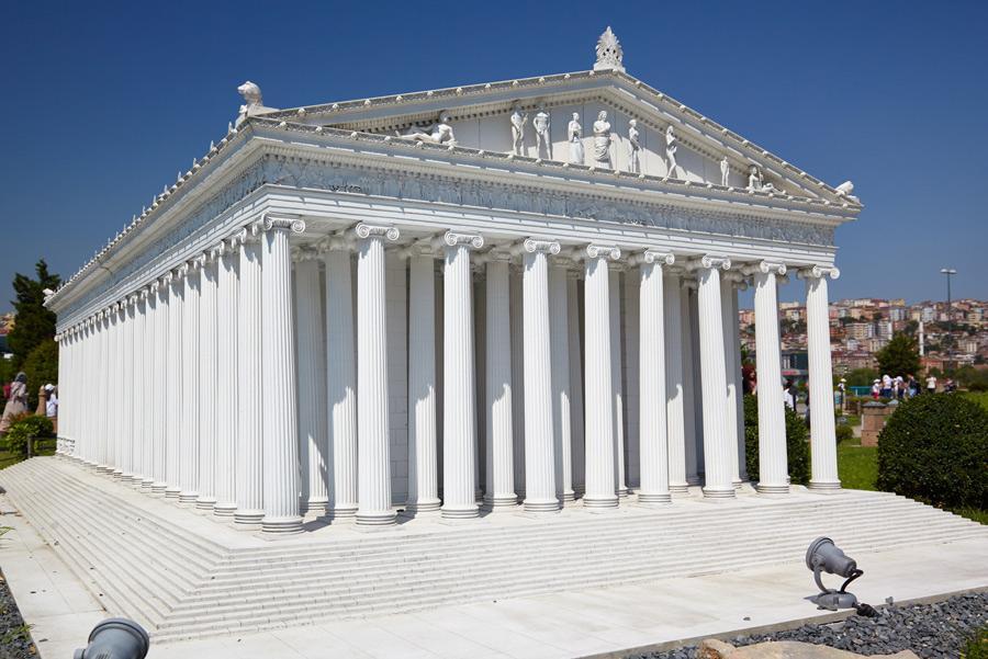 Reproducción del Templo de Artemisa de Éfeso.