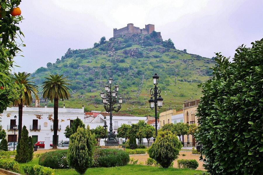 Provincia de Badajoz, Burguillos del Cerro