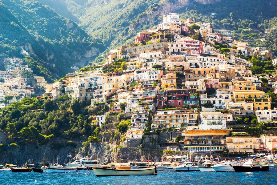 Positano, joya de la costa amalfitana. Autor: ronnybas / Shutterstock