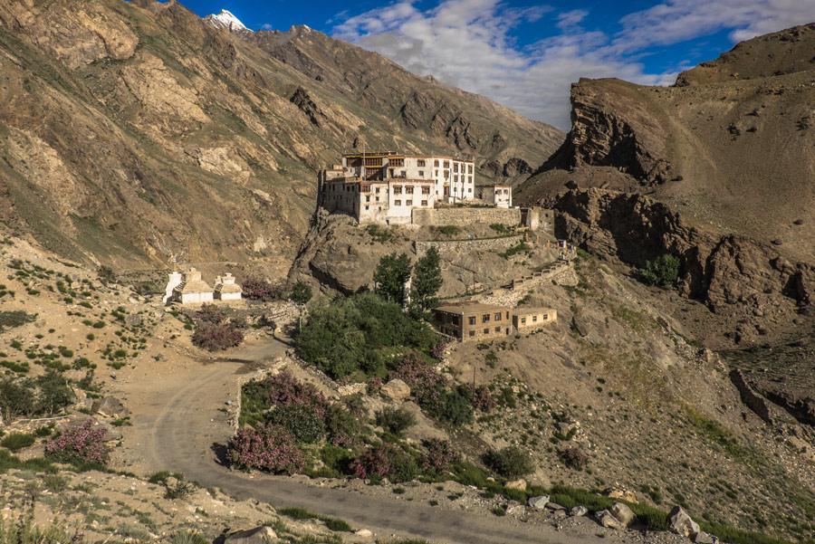 El aislado monasterio de Bardan
