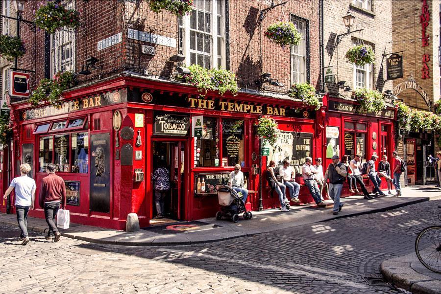 The Temple Bar, Dublín, Irlanda. Foto: Rolf G. Wackenberg / Shutterstock.com