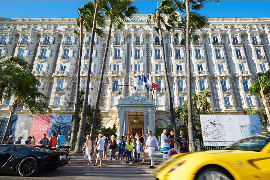 Hotel Carlton, Cannes. andersphoto : Shutterstock.com