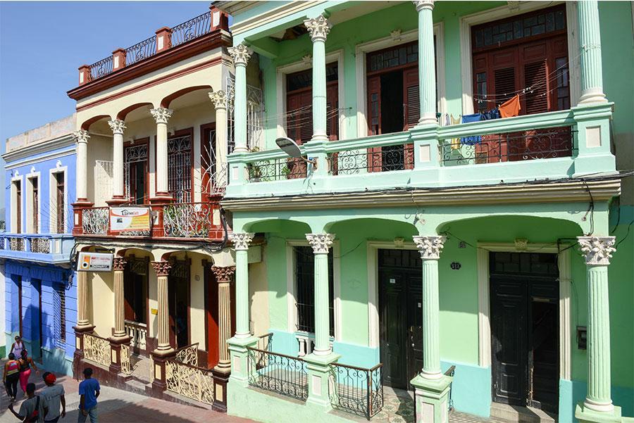 Las coloridas calles de Santiago Stefano Ember, Shutterstock.com