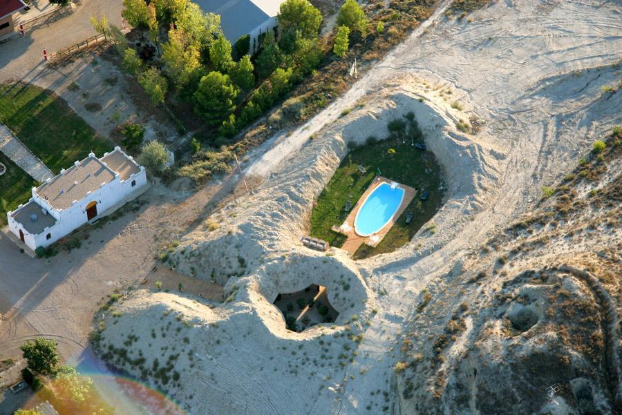 Hotel Cueva Tardienta-Monegros, Huesca, Aragón.