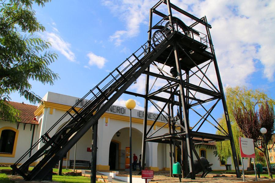 Entrada al Museo minero, en el pueblo de Riotinto.