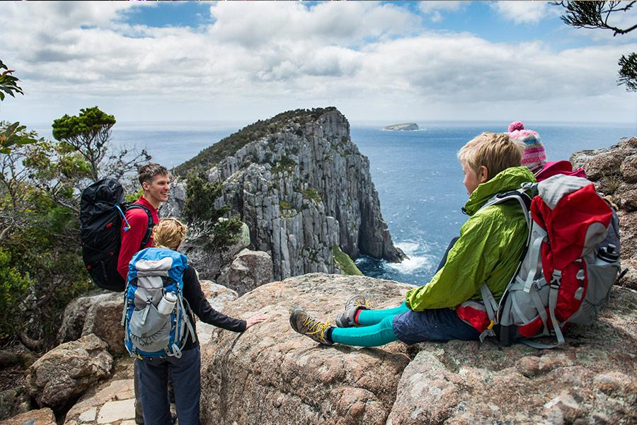 Vista de Cape Hauy, Three Capes Track. Foto: Tasmania Parks and Wildlife Service