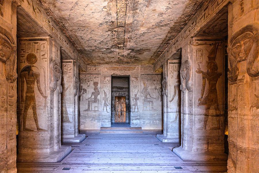 Interior del templo de Abu Simbel, Egipto. Anton_Ivanov / Shutterstock.com