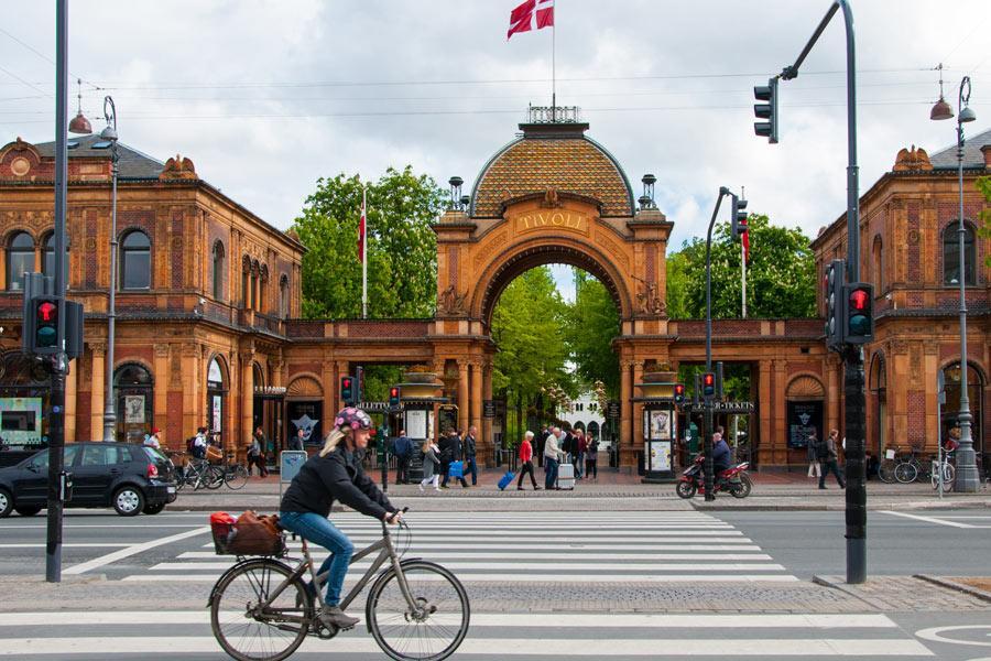 Jardines Tívoli, en Copenhague. Foto: jolly / Shutterstock.com