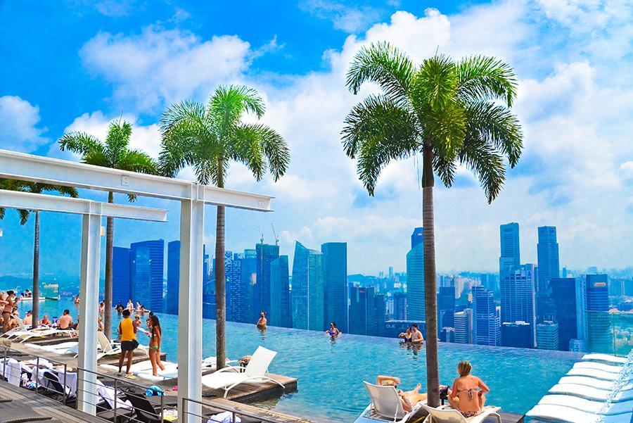 Infinity pool de Marina Bay Sands en Singapur. Foto: SurangaSL / Shutterstock.com