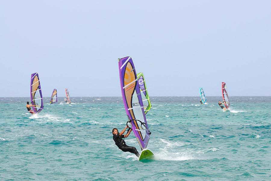 'Windsurf' en las Islas Canarias.Philip Lange / Shutterstock.com