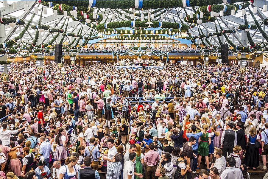 Oktoberfest Foto: anandoart / Shutterstock.com