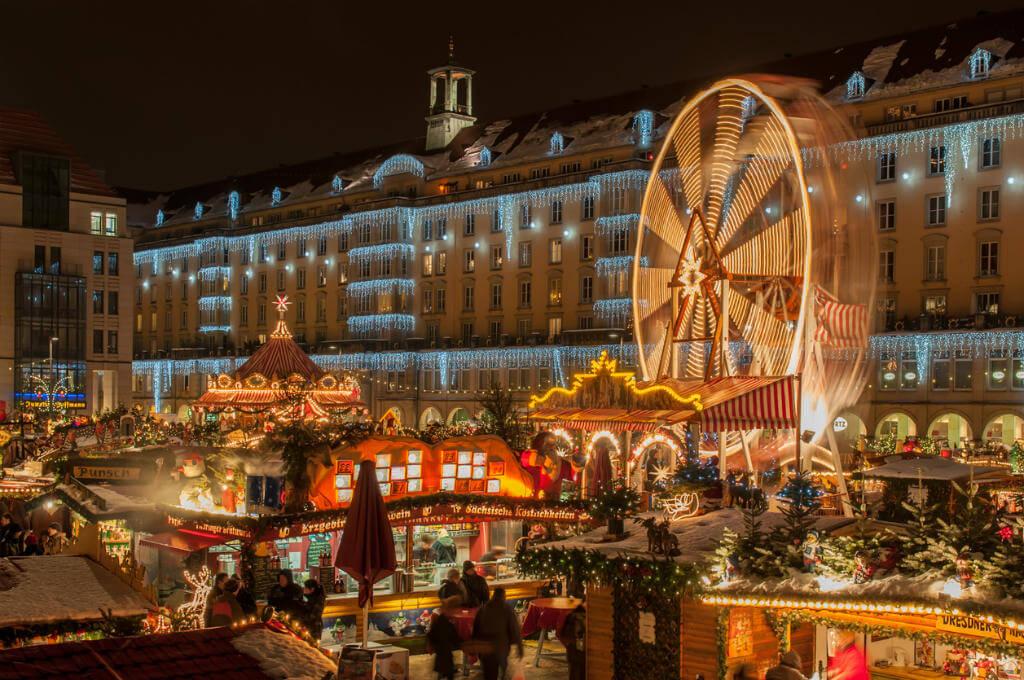 Puente de Diciembre, Mercado de Navidad de Dresde
