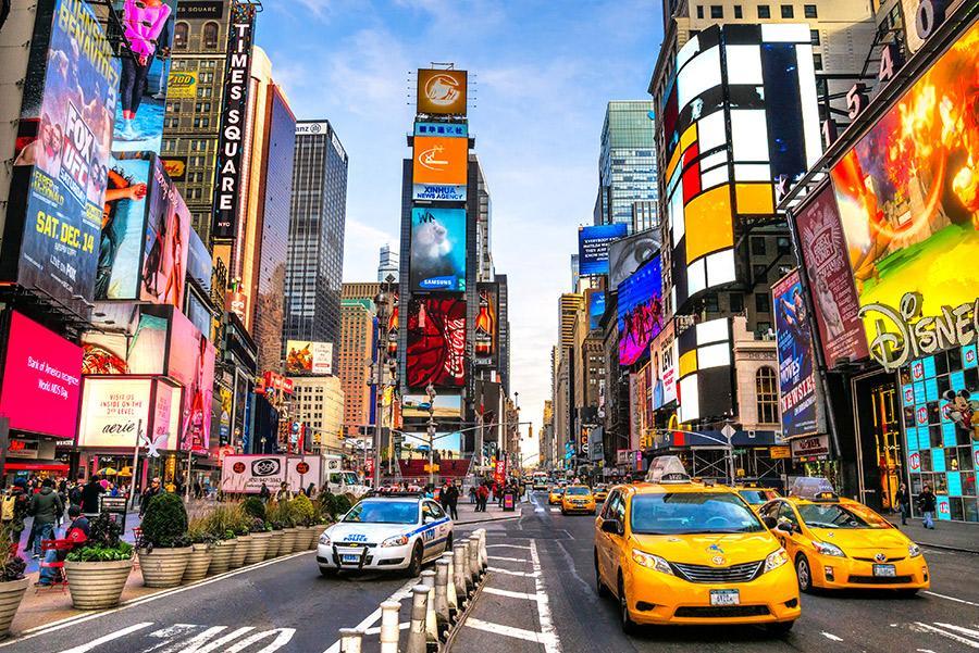 Times Square, Nueva York. Luciano Mortula / Shutterstock.com