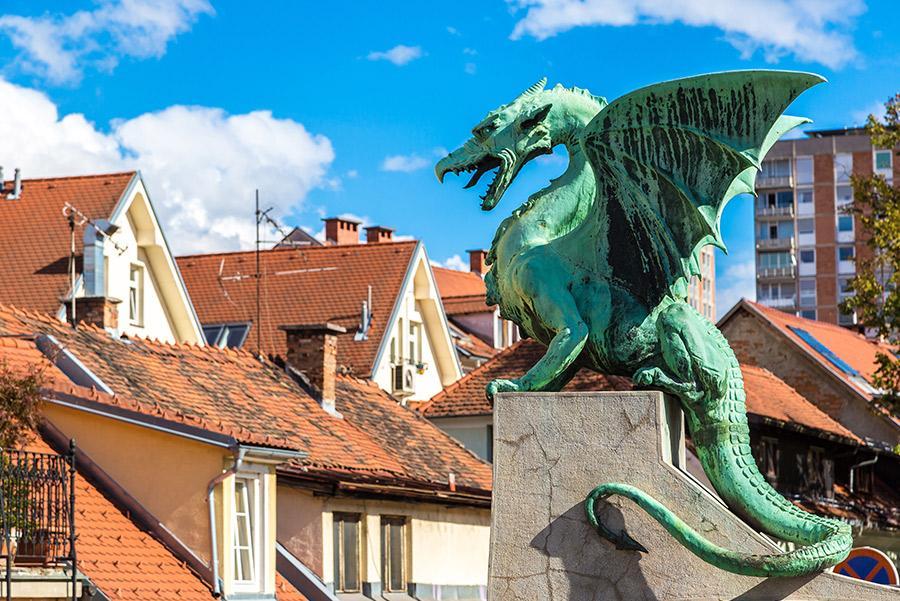 Los dragones son el símbolo mitológico de Eslovenia.