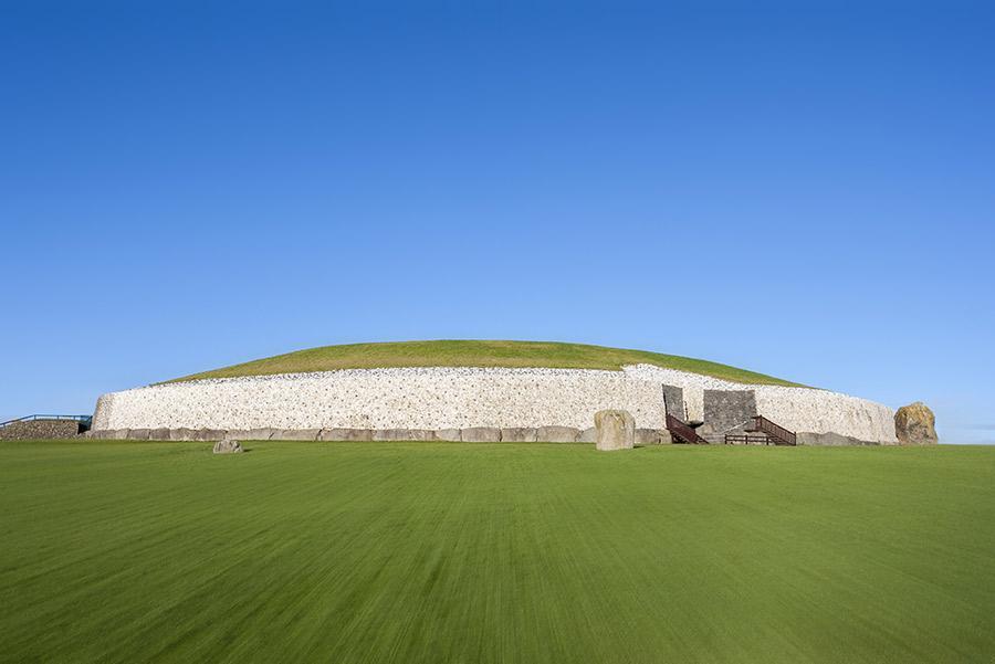 Túmulo de Newgrange, Irlanda.