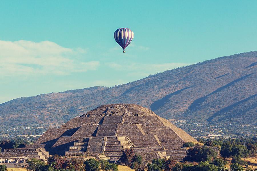 Pirámide del Sol de Teotihuacán, 'Ciudad de los dioses', México.