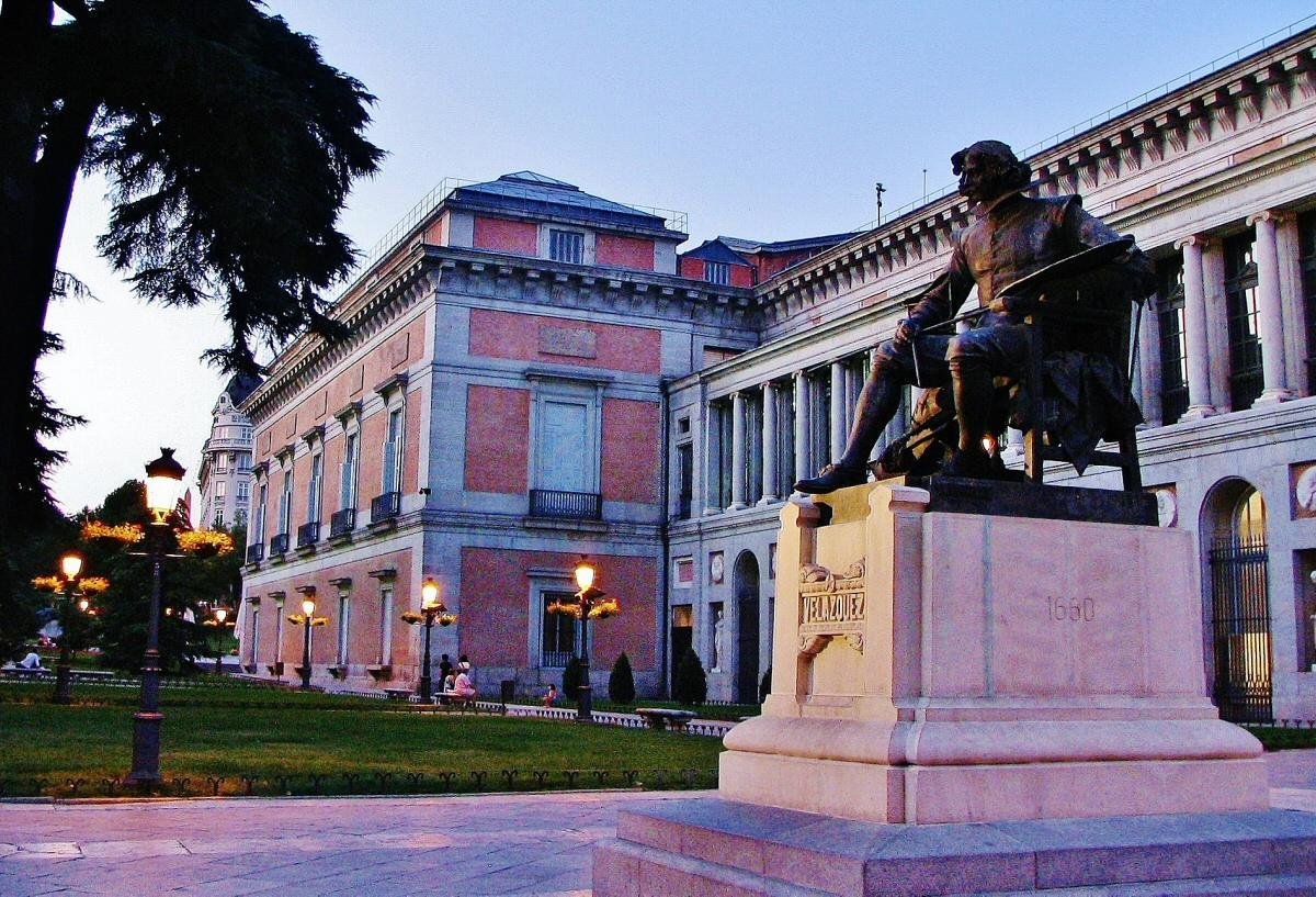 Barrio De Chueca. Museo Nacional Del Uno De Los Espacios Ms De Todo ...