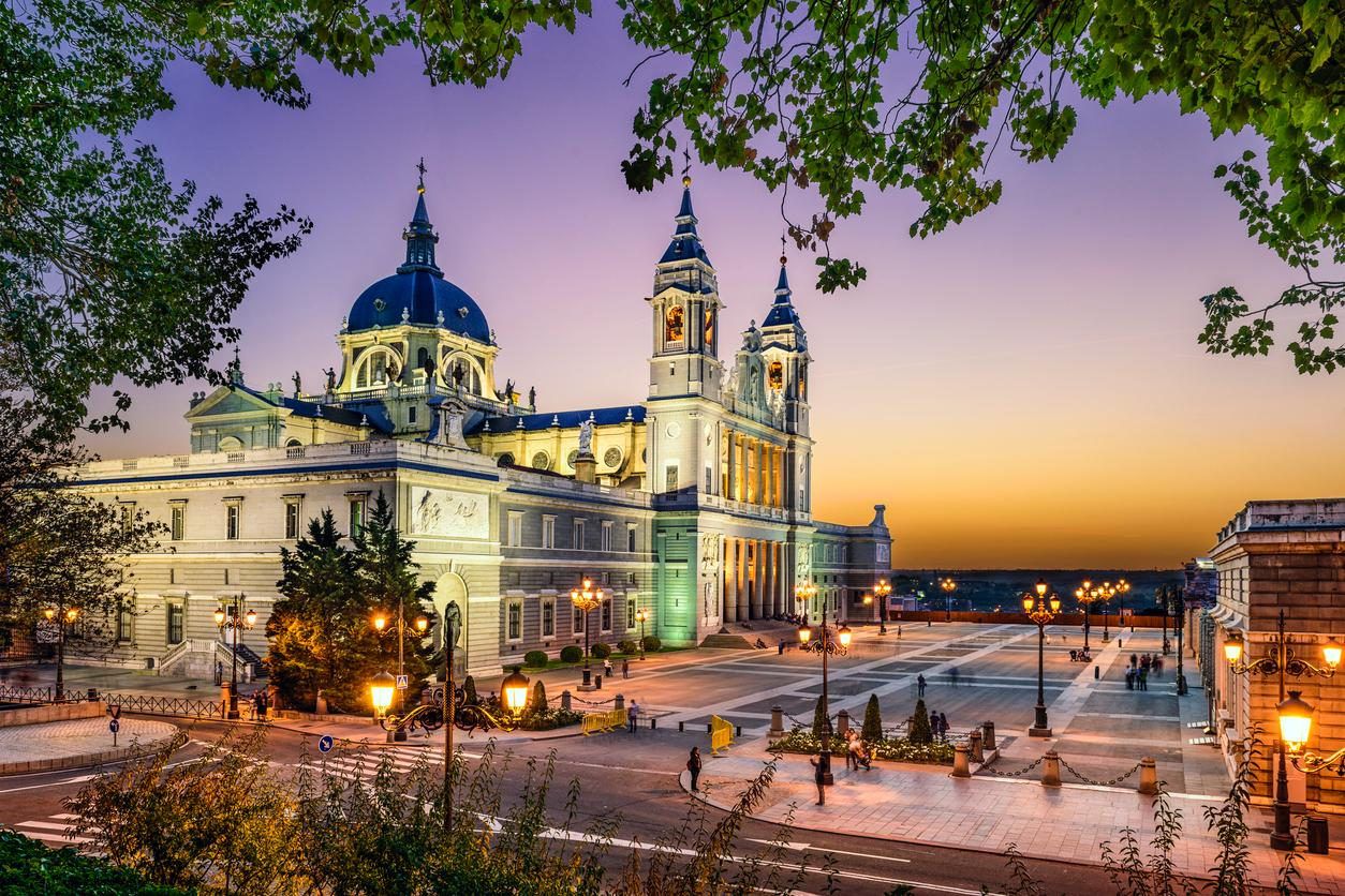 Catedral de la Almudena Madrid, Spain