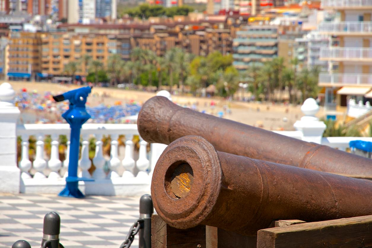 Benidorm, La plaza del Castillo