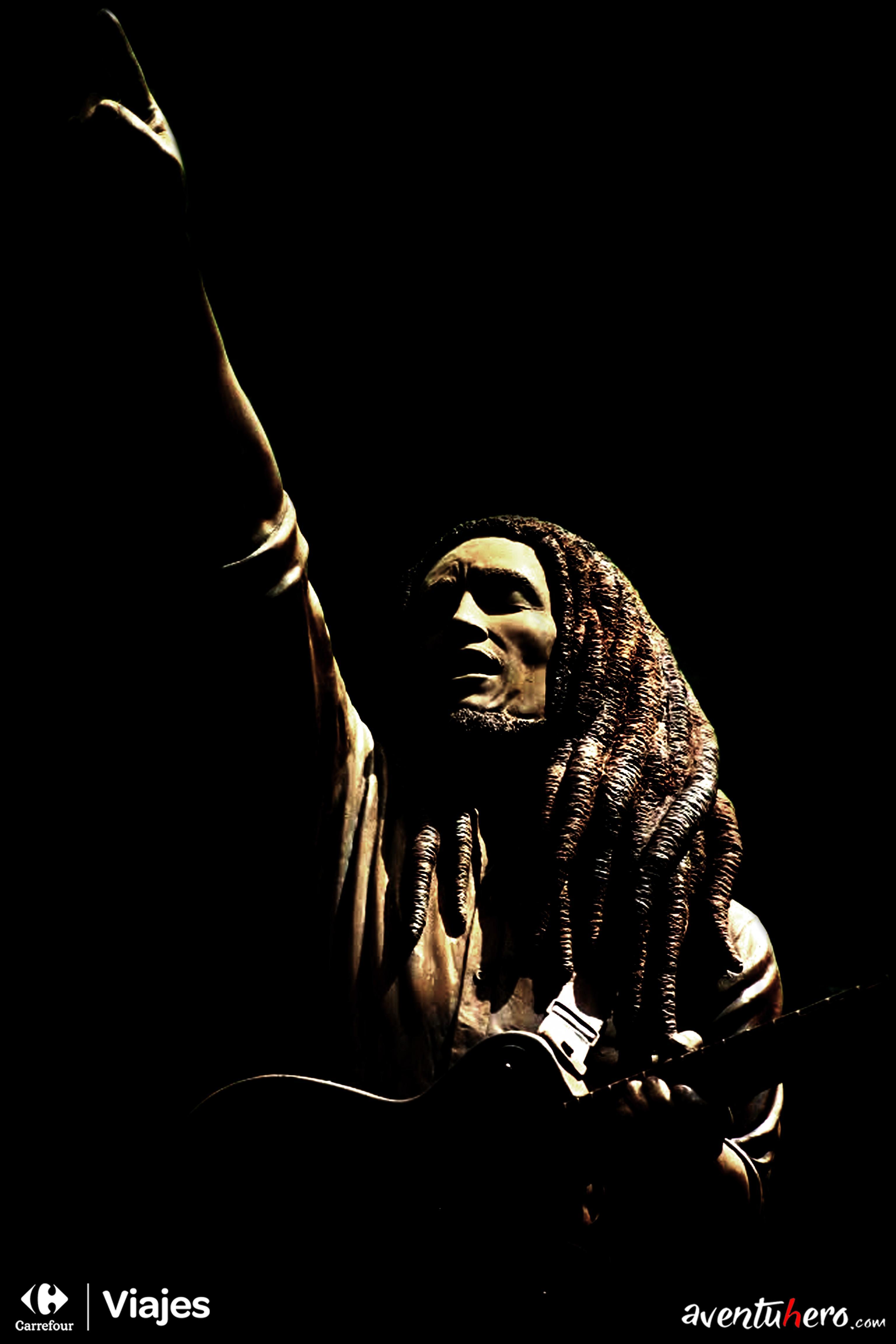 Aventuhero Jamaica Museo Bob Marley Estatua