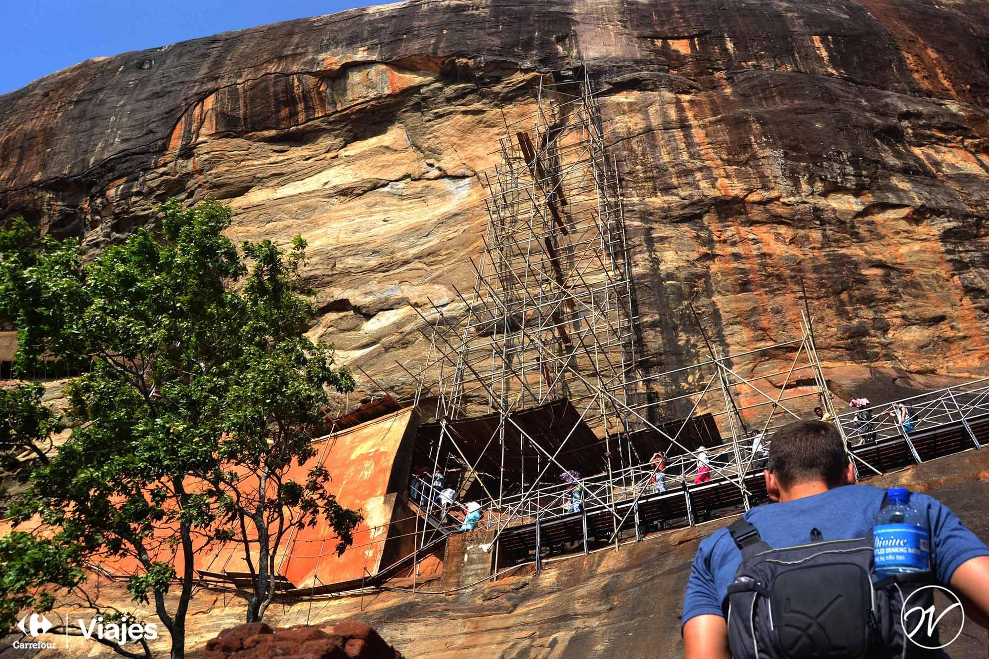 Aventuhero, Sri Lanka - Subiendo por la Roca del León