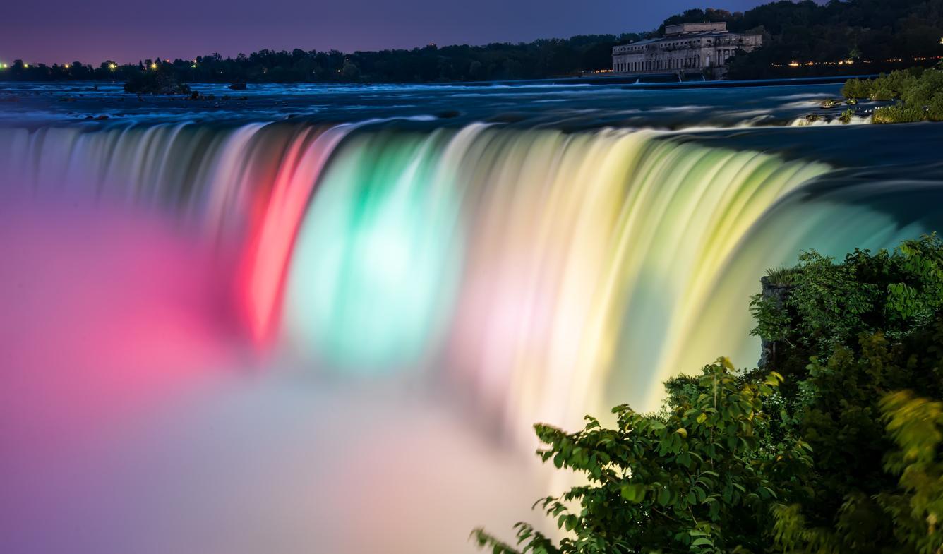 Viaje a las Cataratas del Niagara de noche