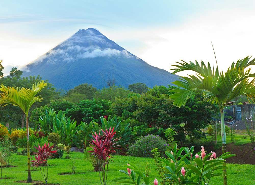 Costa Rica, Volcán