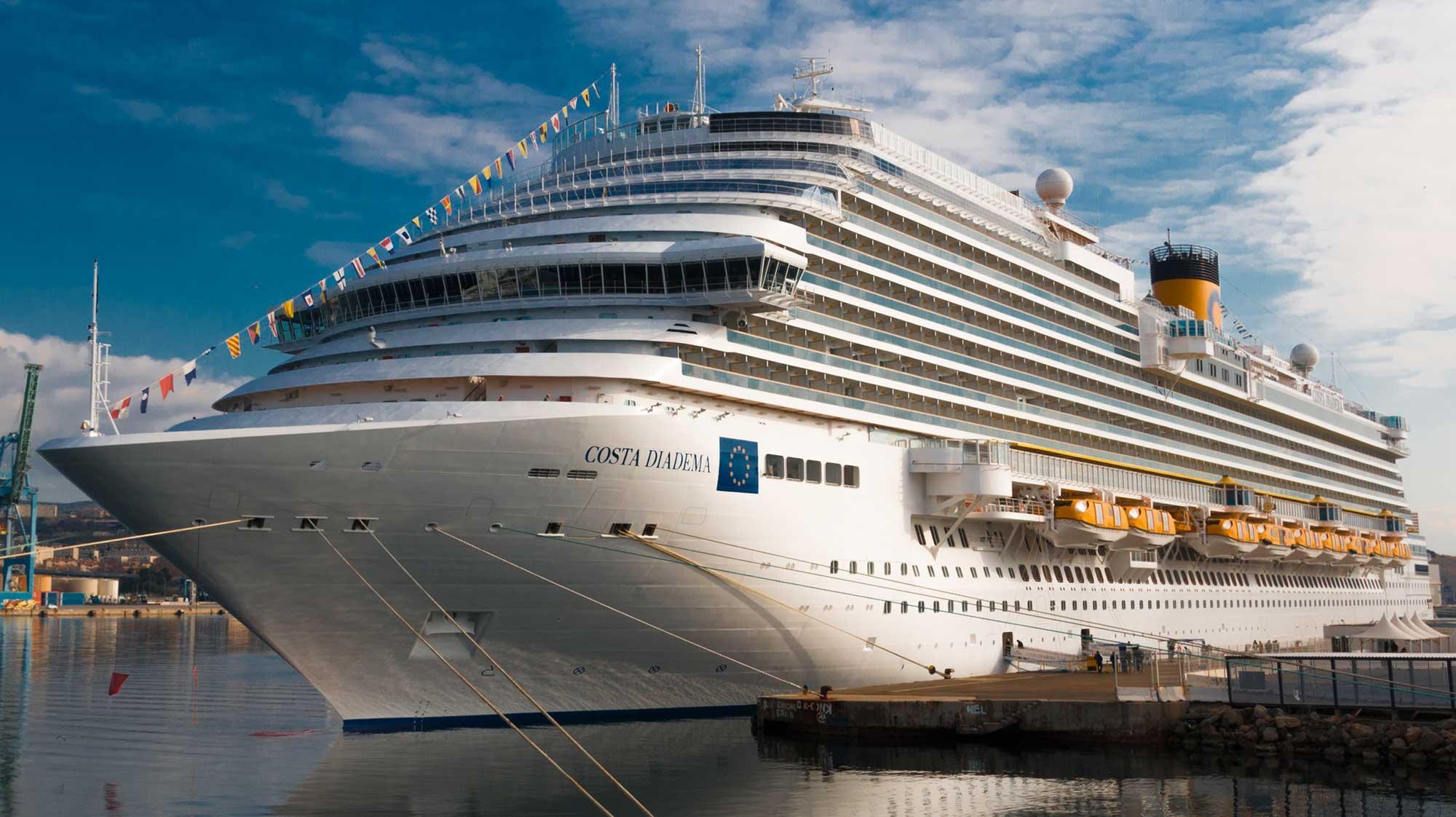 Crucero por el Mediterraneo Costa Diadema portada