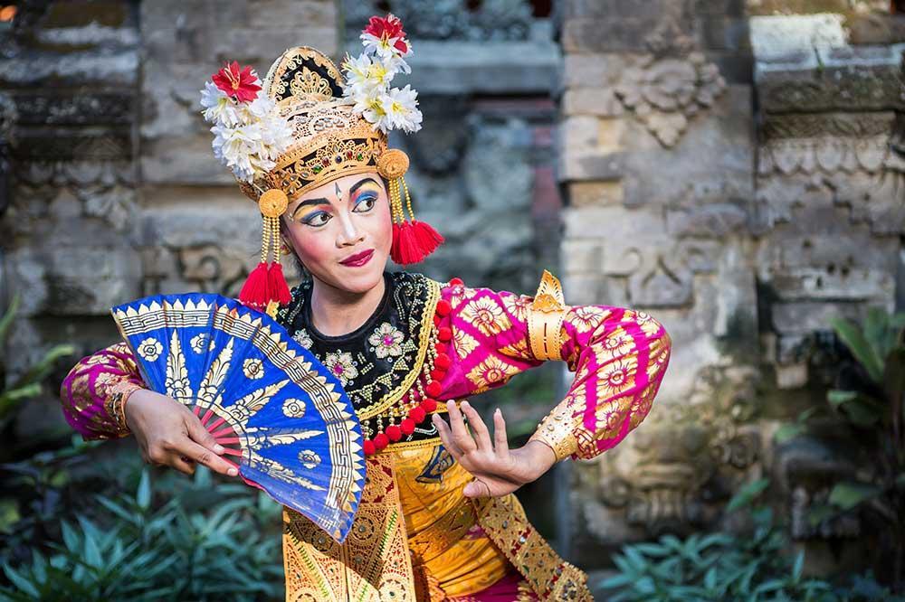 Viaje a Bali Bailarin tradicional