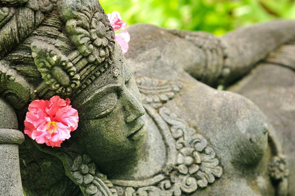 Viaje a Bali, estatua