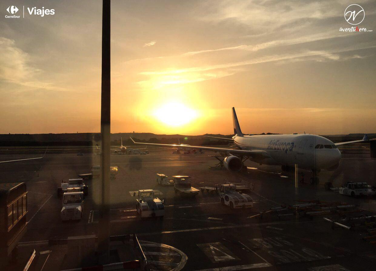Aventuhero - Amanecer en el aeropuerto