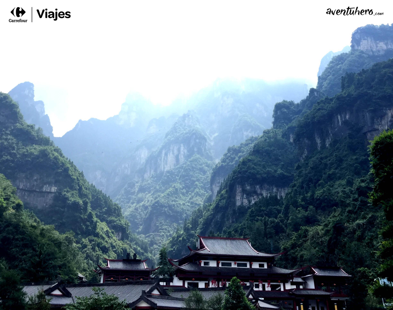 2 Aventuhero - En la falda de la montaña Tianmen
