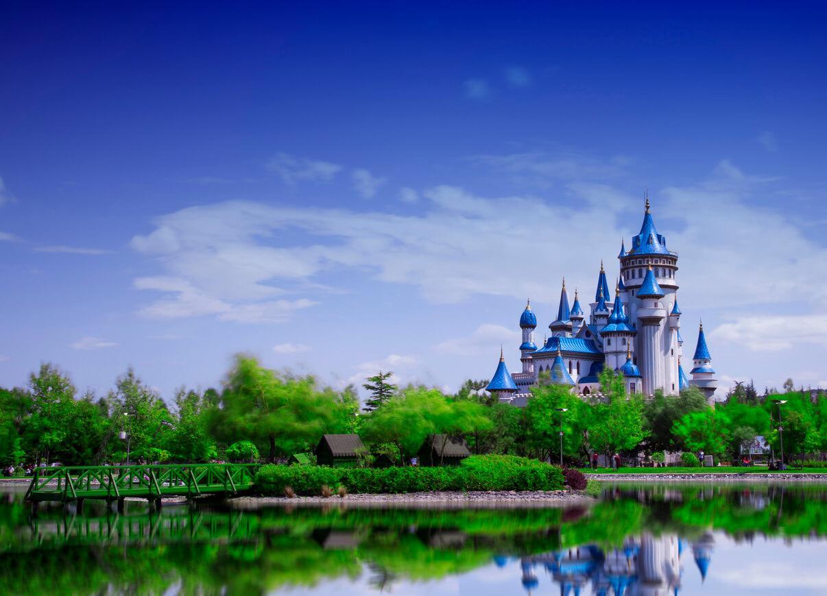 parque de atracciones en verano, Castillo Disneyland