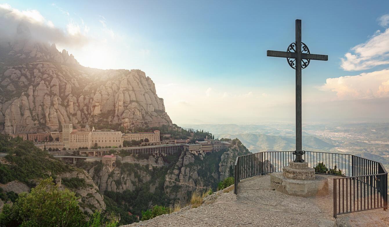 Escapada por pueblos medievales, Monasterio Monserrat