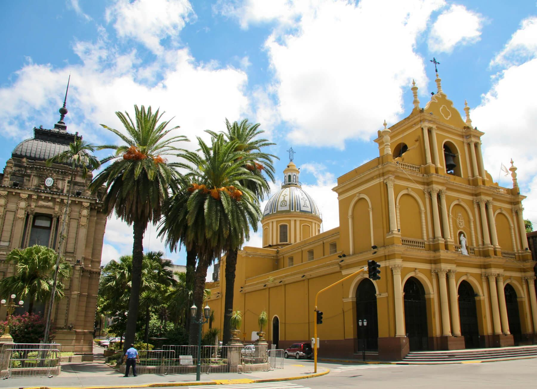 Tucuman iglesia, viaje a Argentina