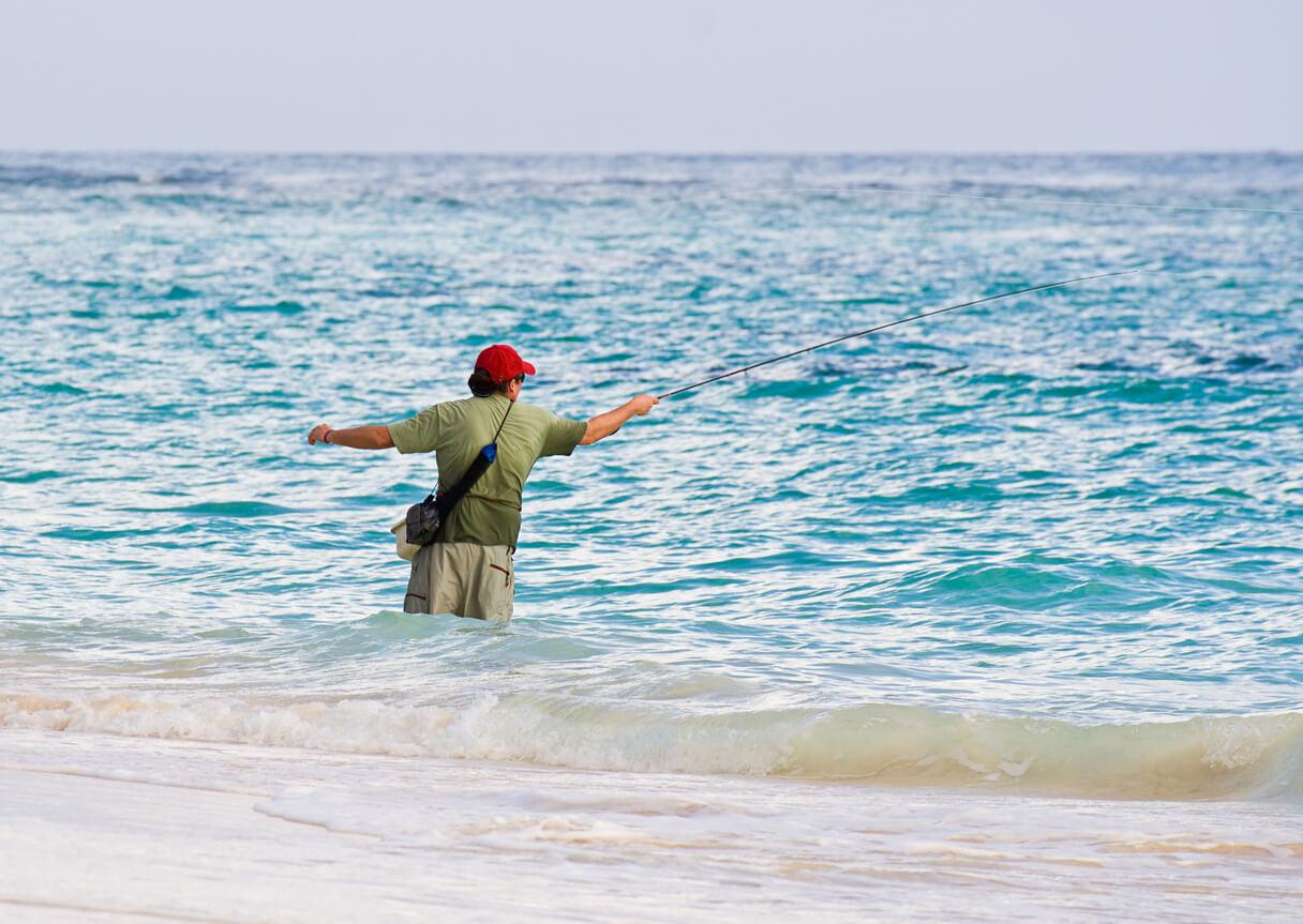 viaje a Punta Cana, Hombre pescando en Punta Cana