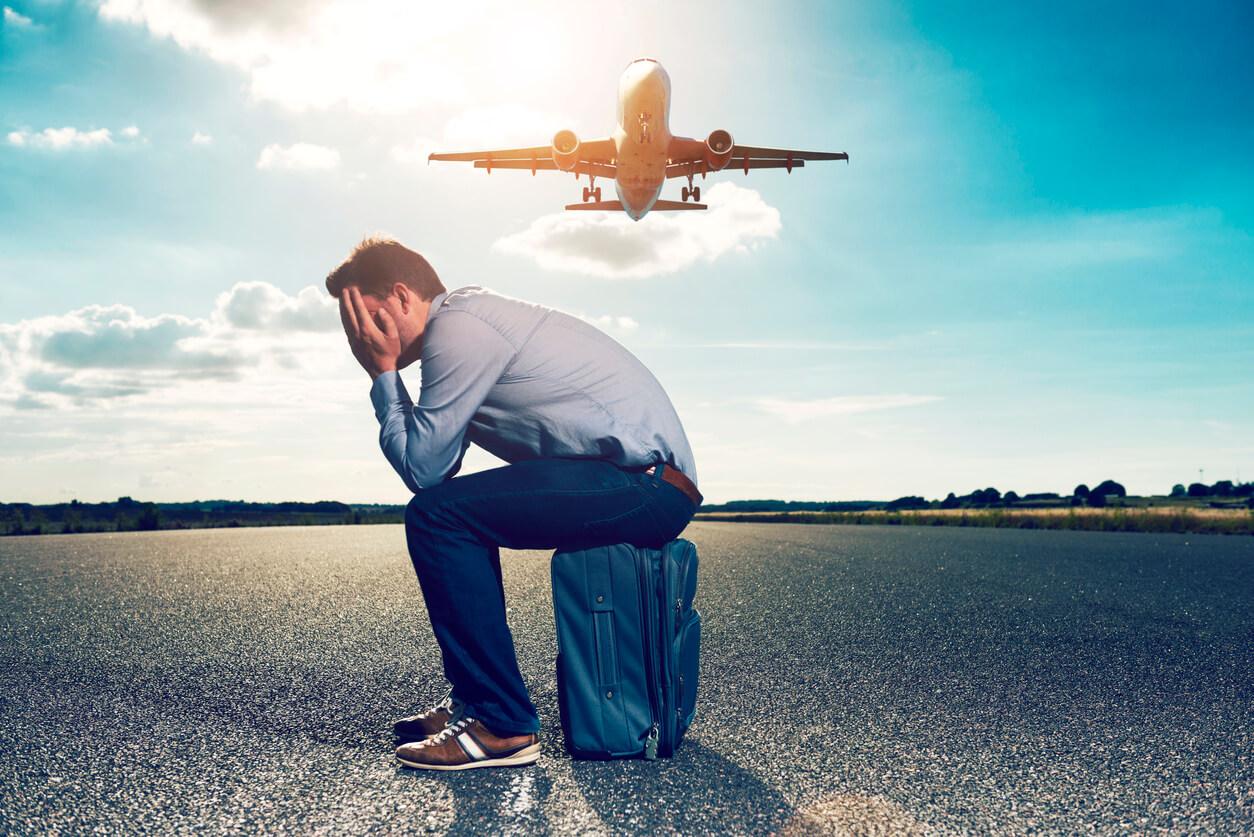 como perder el miedo a volar, Chico con miedo a viajar en avión