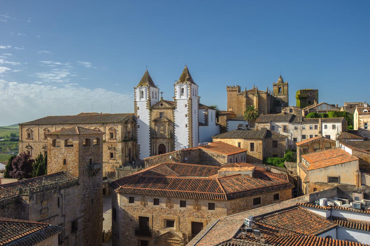 Ruta Cáceres, Vista de Cáceres