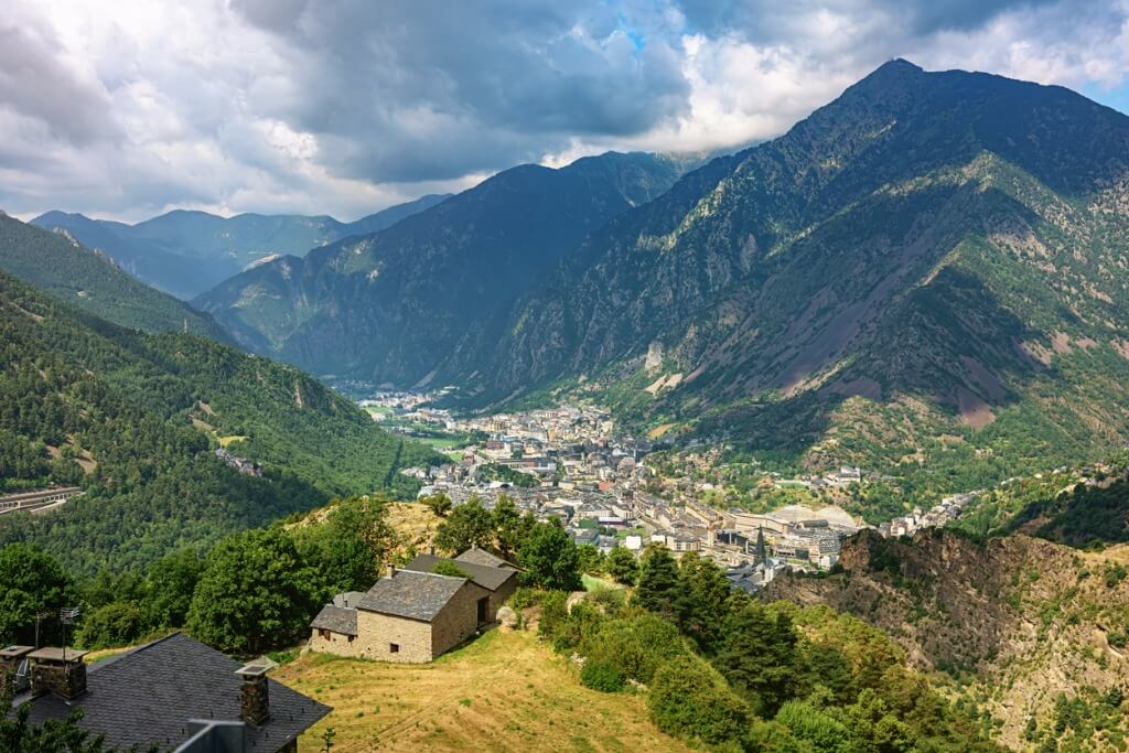 Ruta en moto, Andorra La Vella