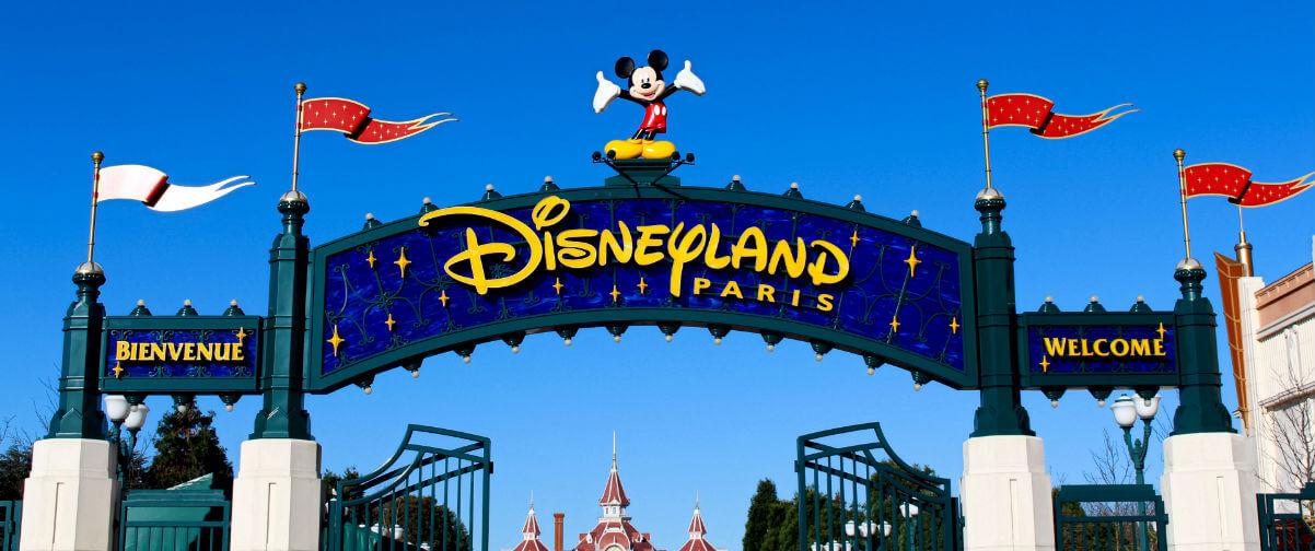 Disney Village, Entrada Disneyland París