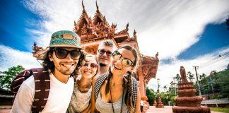 Diferencias entre el turista y el viajero, Grupo de viajeros
