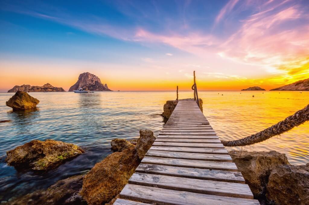vuelos a Ibiza, Puesta de sol en Cala D'Hort