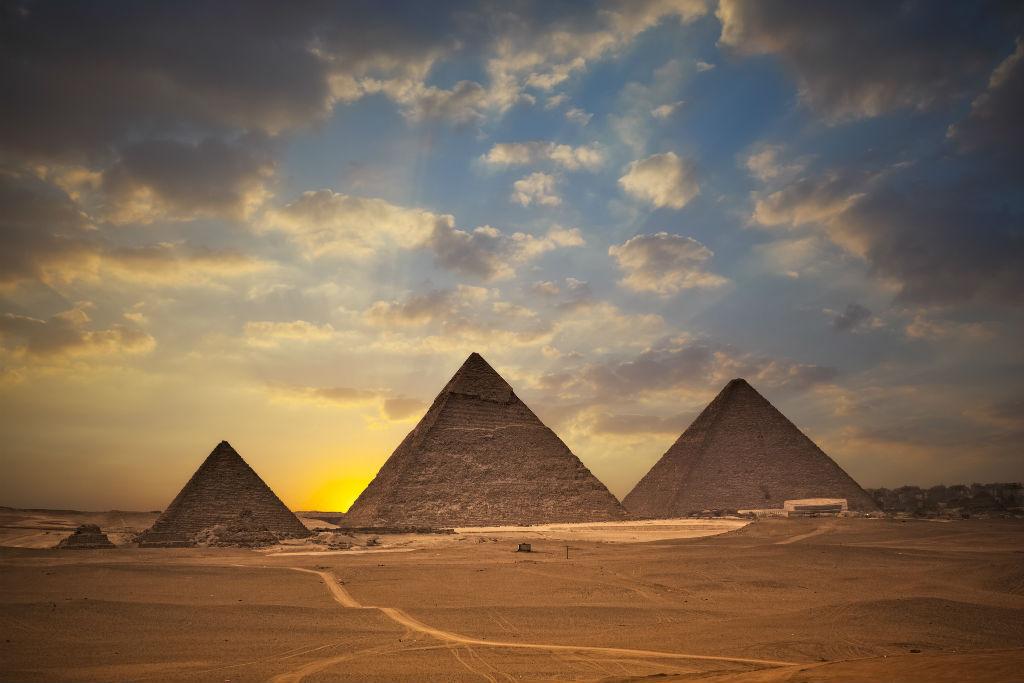 Guía Rápida El Cairo, Pirámides de Giza