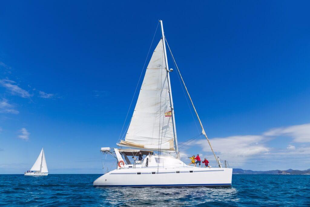 vuelos a Ibiza, Navegación con vela