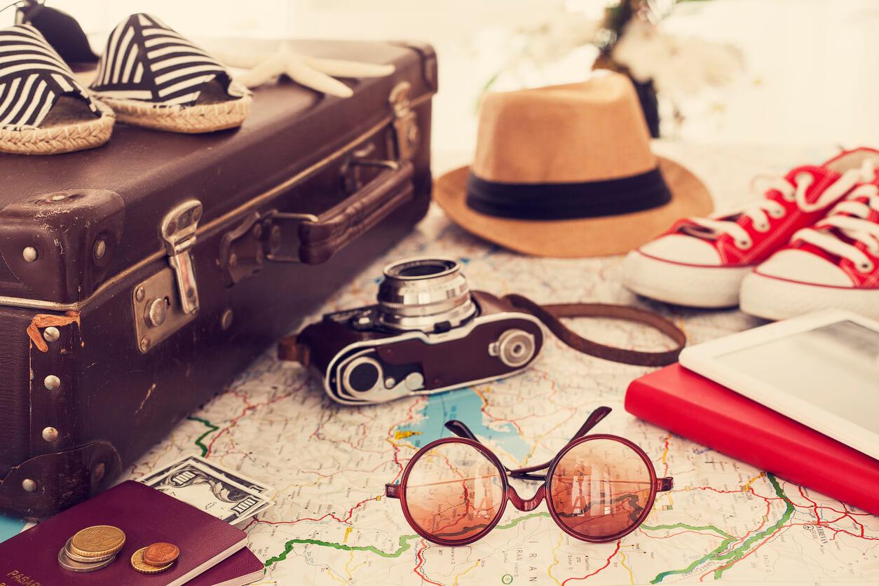 Viajar en Octubre, Maleta y equipaje